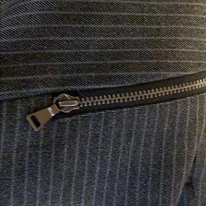 Express Pants - Express editor pant 2R gently worn pin stripe